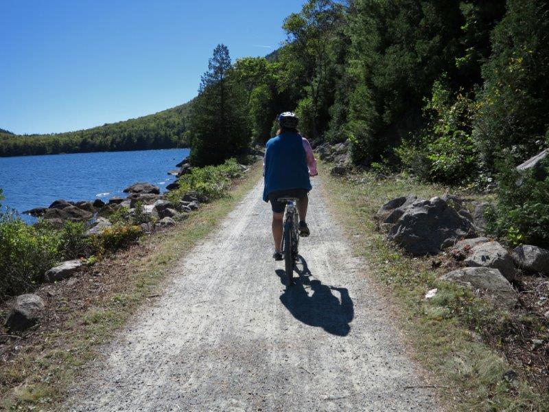 Acadia's Eagle Lake – Witch Hole Pond Loop: Tips on Biking and Avoiding Crowds on Popular Carriage Roads