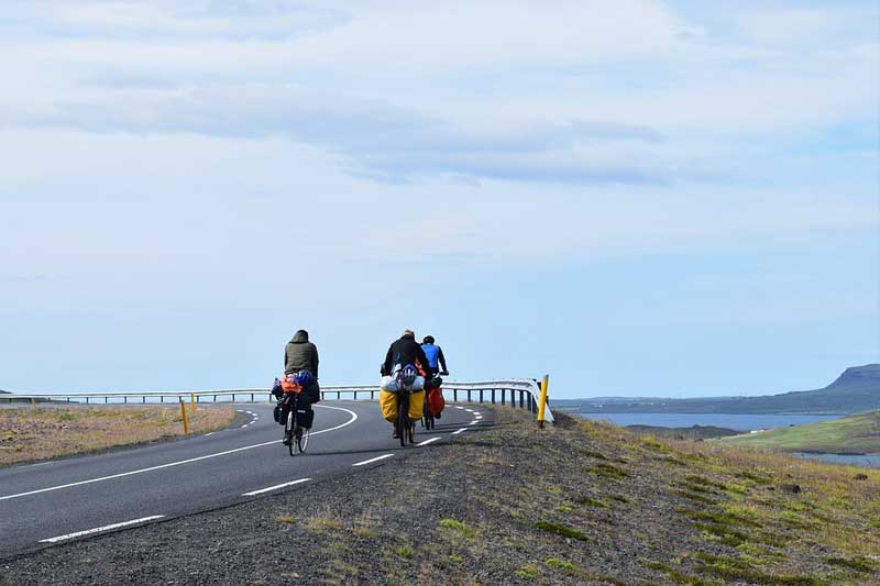 Difference-Between-Road-bikes-and-Touring-bikes